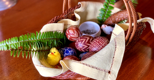 Keeping Alive the Tradition of Polish Easter Baskets